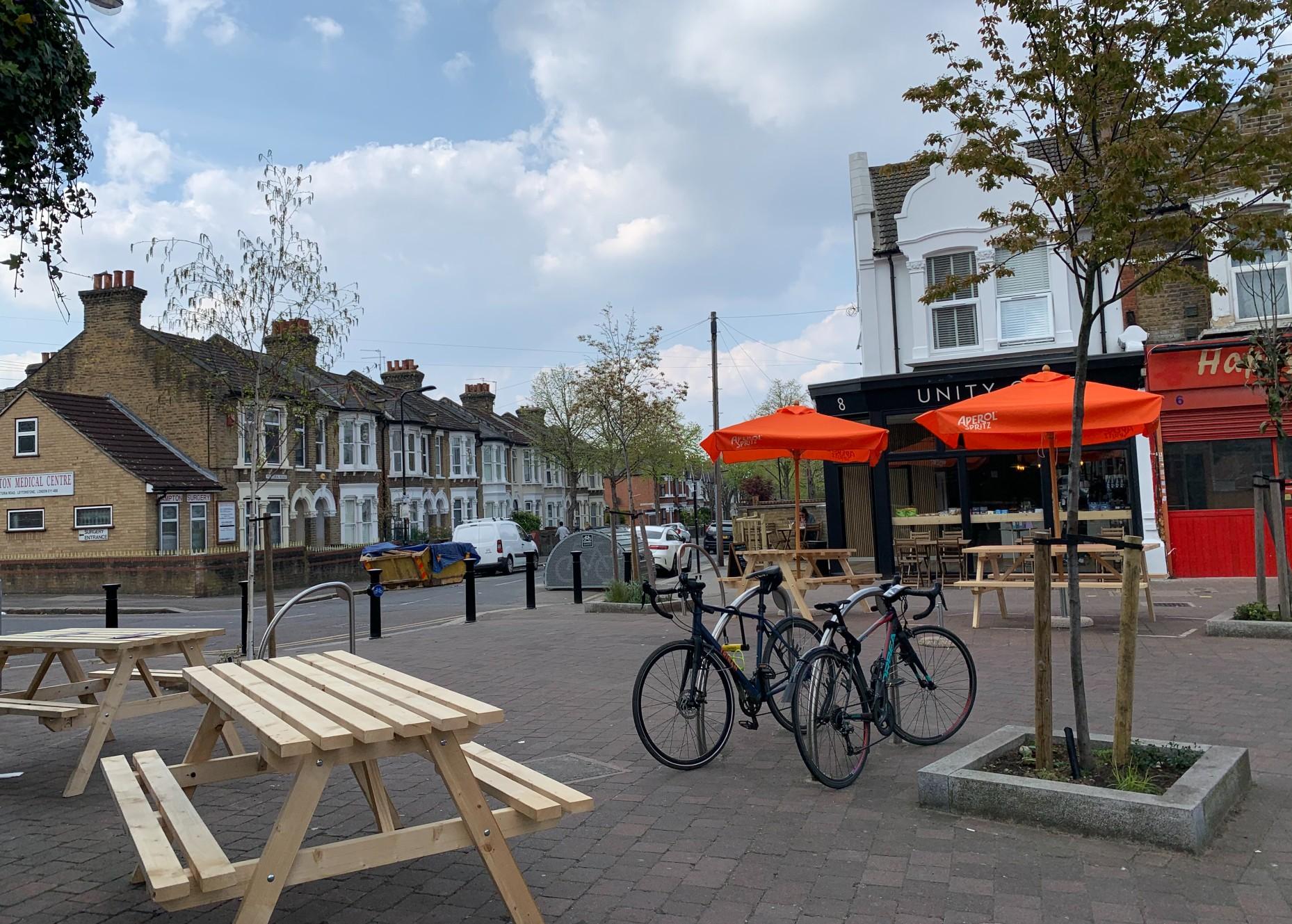 Grove Green Road piazza